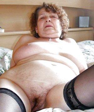 BBW Granny Pussy Pics