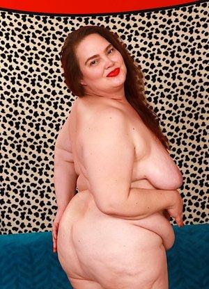 BBW Saggy Tits Pics