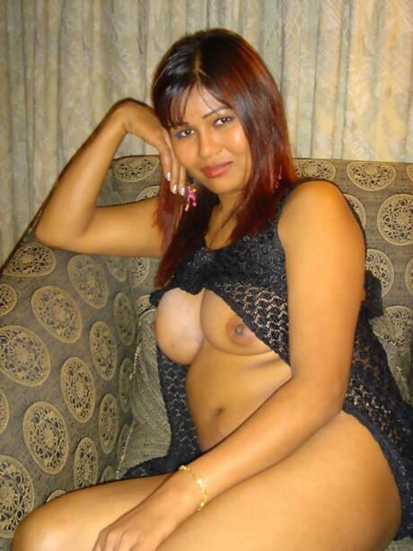 Indian BBW Pics