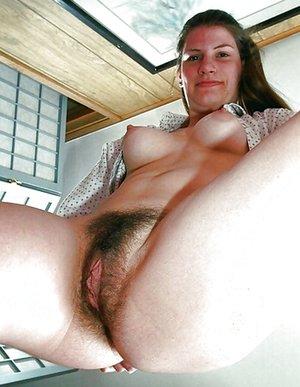 BBW Hairy Pussy Pics