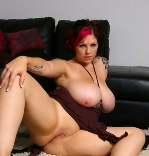 BBW Shaved Pussy Pics